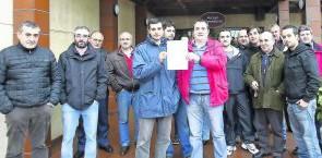 Una nueva movilización del sector podría coincidir con la operación salida de vacaciones. Ante las peticiones de los taxistas, Ana Pator, titular de Fomento, no lo tiene fácil porque no...