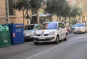 Los taxistas tendrán competencia especial en la madrugada de Nochebuena y Nochevieja. La dirección de la EMT, presidida por Gabriel Vallejo, ha decidido quelas dos líneas estrella del transporte público...
