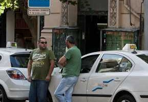 Arteaga anuncia que el sector tendrá un plazo de seis meses a partir de la entrada en vigor de la ordenanza para adaptarse Los taxistas no podrán ir a trabajar...