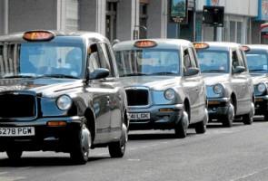 La empresa de alquiler de coches con conductor Uber ha ganado una batalla, pero no la guerra, para seguir ofreciendo su particular servicio de transporte bajo demanda en una importante...